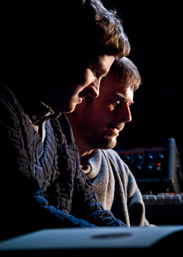 Olafur Arnalds gemeinsam mit Nils Frahm und einer Menge Improvisationen im Wiener Stadtsaal!